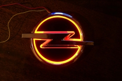 5D светящийся логотип opel,светящийся логотип opel 5D,5D светящийся логотип для авто opel,5D светящийся логотип для автомобиля opel,светящийся логотип 5D для авто opel,светящийся логотип 5D для автомобиля opel,горящий логотип opel,горящий логотип опель