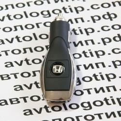 Автомобильное зарядное устройство универсальное с логотипом Honda