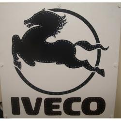Светящийся логотип Iveco,светящийся логотип для грузовика Iveco,светящаяся эмблема Iveco,табличка Iveco,картина Iveco,логотип на стекло Iveco,светящаяся картина Iveco,светодиодный логотип Iveco,Truck Led Logo Iveco,12v,24v