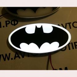 светящаяся эмблема Batman (Бетмен) Hyundai Santa Fe,светящийся логотип на авто Batman (Бетмен) Hyundai Santa Fe,светящийся логотип на автомобиль Batman (Бетмен) Hyundai Santa Fe,подсветка логотипа