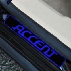 накладки на пороги с подсветкой Hyundai Accent,светящиеся накладки на пороги Hyundai Accent,светодиодные накладки на пороги Hyundai Accent,светодиодные накладки на пороги авто Hyundai Accent,накладки на пороги Hyundai Accent,декоративные накладки Hyundai