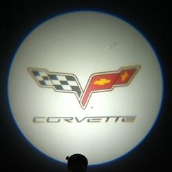 Подсветка логотипа в двери Corvette,подсветка дверей с логотипом Corvette,Штатная подсветка Corvette,подсветка дверей с логотипом авто Corvette,светодиодная подсветка логотипа Corvette в двери,Лазерные проекторы Corvette в двери,Лазерная подсветка Corvett