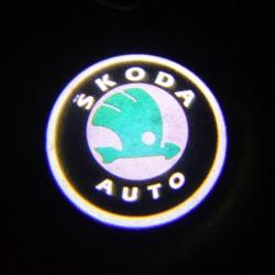 Подсветка логотипа в двери SKODA,подсветка дверей с логотипом SKODA,Штатная подсветка SKODA,подсветка дверей с логотипом авто SKODA,светодиодная подсветка логотипа SKODA в двери,Лазерные проекторы SKODA в двери,Лазерная подсветка SKODA