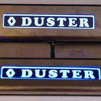Накладки на пороги с подсветкой Renault Duster