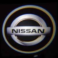 Беспроводная подсветка дверей с логотипом Nissan
