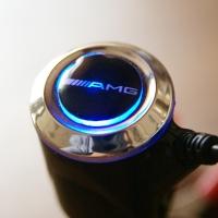 Зарядка для телефона с логотипом AMG