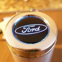 Автомобильная пепельница с подсветкой логотипа FORD