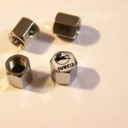 ключ,брелок,колпачки на ниппель Iveco,купить,колпачок на ниппель колеса Iveco,колпачки ниппель автомобиля Iveco,колпачки на ниппель с логотипом Iveco,колпачки на ниппель для авто,колпачки ниппель хромированные,металлический колпачок на ниппель,купить колп