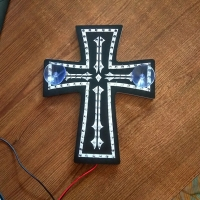 Светодиодная табличка Крест 2а контура