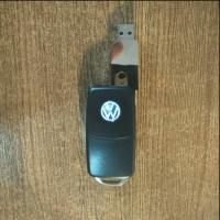 флешки с логотипом Volkswagen,флешка с логотипом Volkswagen цена,usb флешки с логотипом Volkswagen,купить флешки с логотипом Volkswagen,изготовление флешек с логотипом Volkswagen,флешки с логотипом Volkswagen москва,флешка с логотипом Volkswagen компании