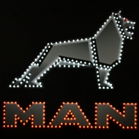 Светящийся логотип для грузовика MAN