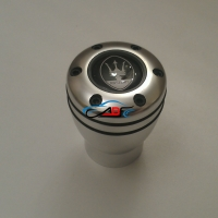 Рукоятка коробки передач Maserati с подсветкой