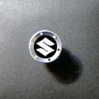 Прикуриватель с логотипом Suzuki