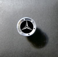 Прикуриватель с логотипом Mercedes