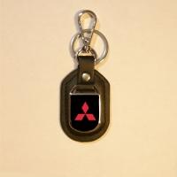Брелок с логотипом Mitsubishi