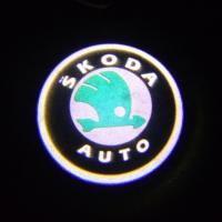 Внешняя подсветка дверей с логотипом Skoda 7W