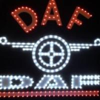 Светящийся логотип DAF